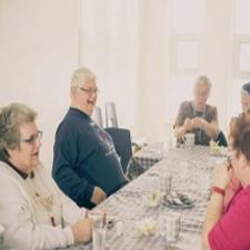 community dining